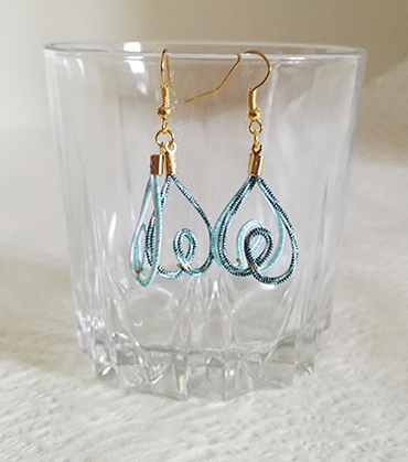 Mizuhiki-earrings-heart-blue