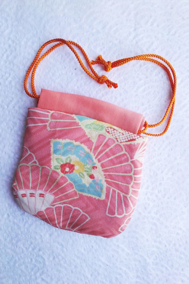 mini-kimono-bag-fans-1