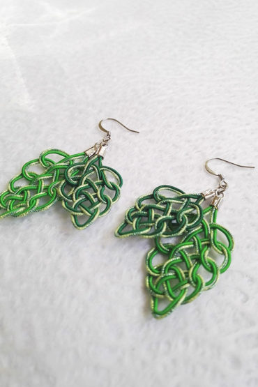 Mizuhiki-green-earrings-silver-hooks