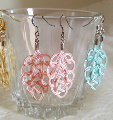 Mizuhiki-earrings-pink