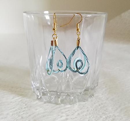 Mizuhiki-earrings-heart-blue