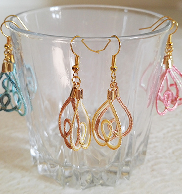 Mizuhiki-earrings-heart-gold