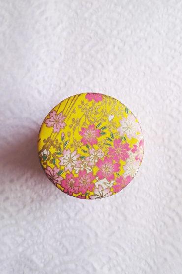 Sakura-flower-tea-tin-yellow