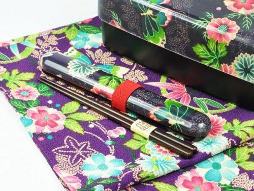 Kimono pattern chopsticks with a case