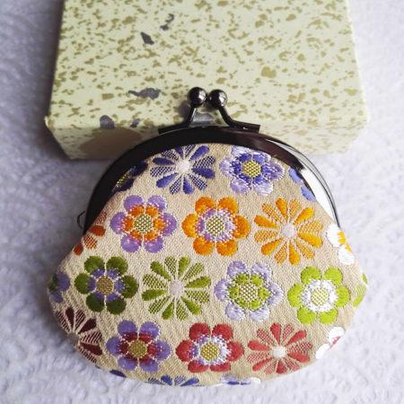 Kimono-wallet-small-beige-flower