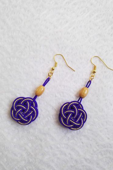 Mizuhiki-Purple-earrings-gold-hooks