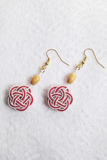 Mizuhiki-red-earrings-gold-hooks