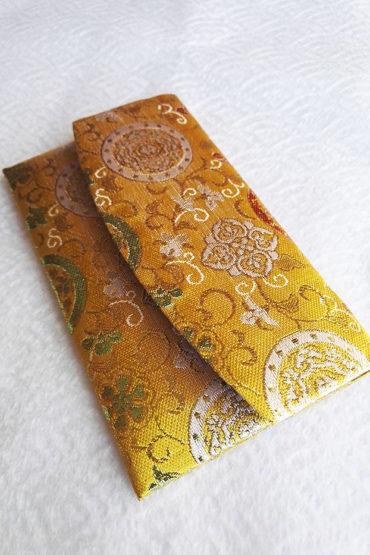 Kimono-Wallet-Golden-yellow