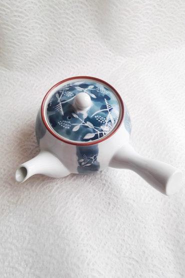 Arita-ware-kyusu-teapot