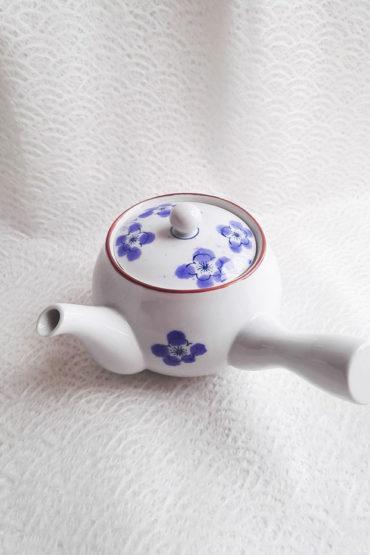 Arita-ware-kyusu-teapot-momo