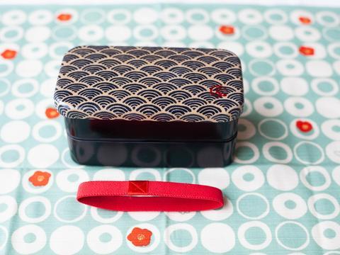 Ocean wave Japanese style bento box 1