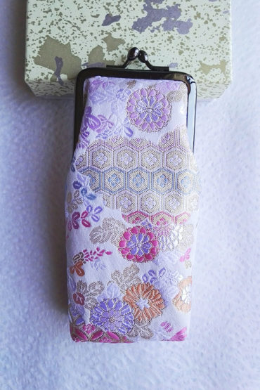 Nishijin-Glasses-case-white-Traditional