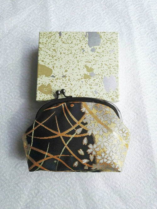 Kimono-wallet-pouch-Black-Gold-2a
