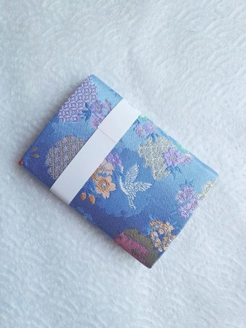 Card-Case-light-blue-back