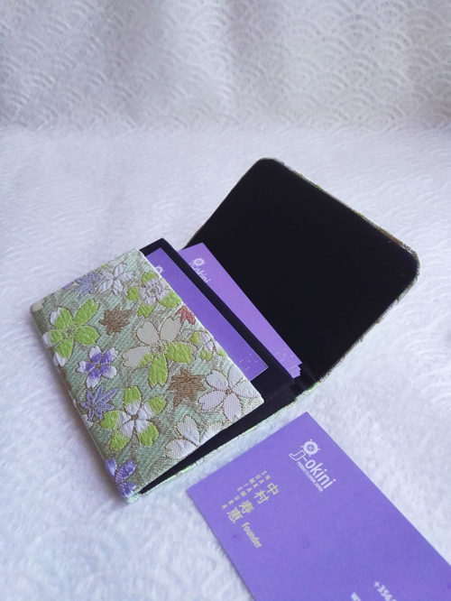 Card-case-Green-Flower-open