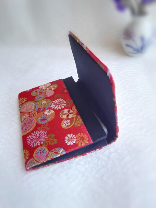 Card-case-traditional-red-open