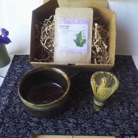 Matcha-lover--gift-box-brown