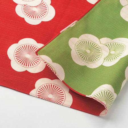 48cm-Furoshiki-Isa-Monyo-Reversible-Plum-Blossoms-Red-Green