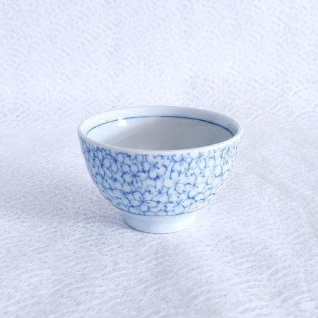 Japanese-Yunomi-tea-cup-Sakura-Blue