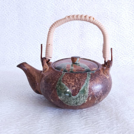 Oribe-Nagashi-Dobin-Teapot