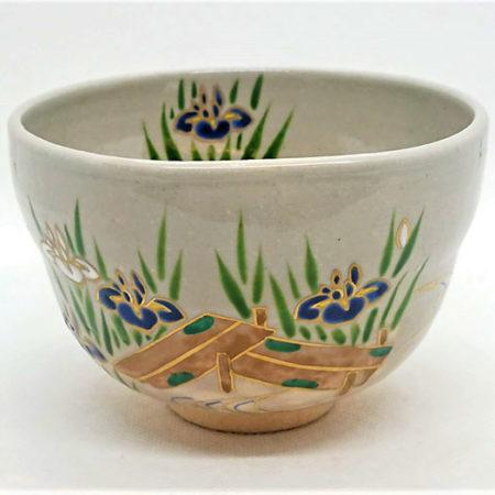 Handmade-Matcha-bowl-Yatsuhashi-1