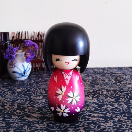 Japanese-Kokeshi-doll-Uraraka-(Okappa)-1